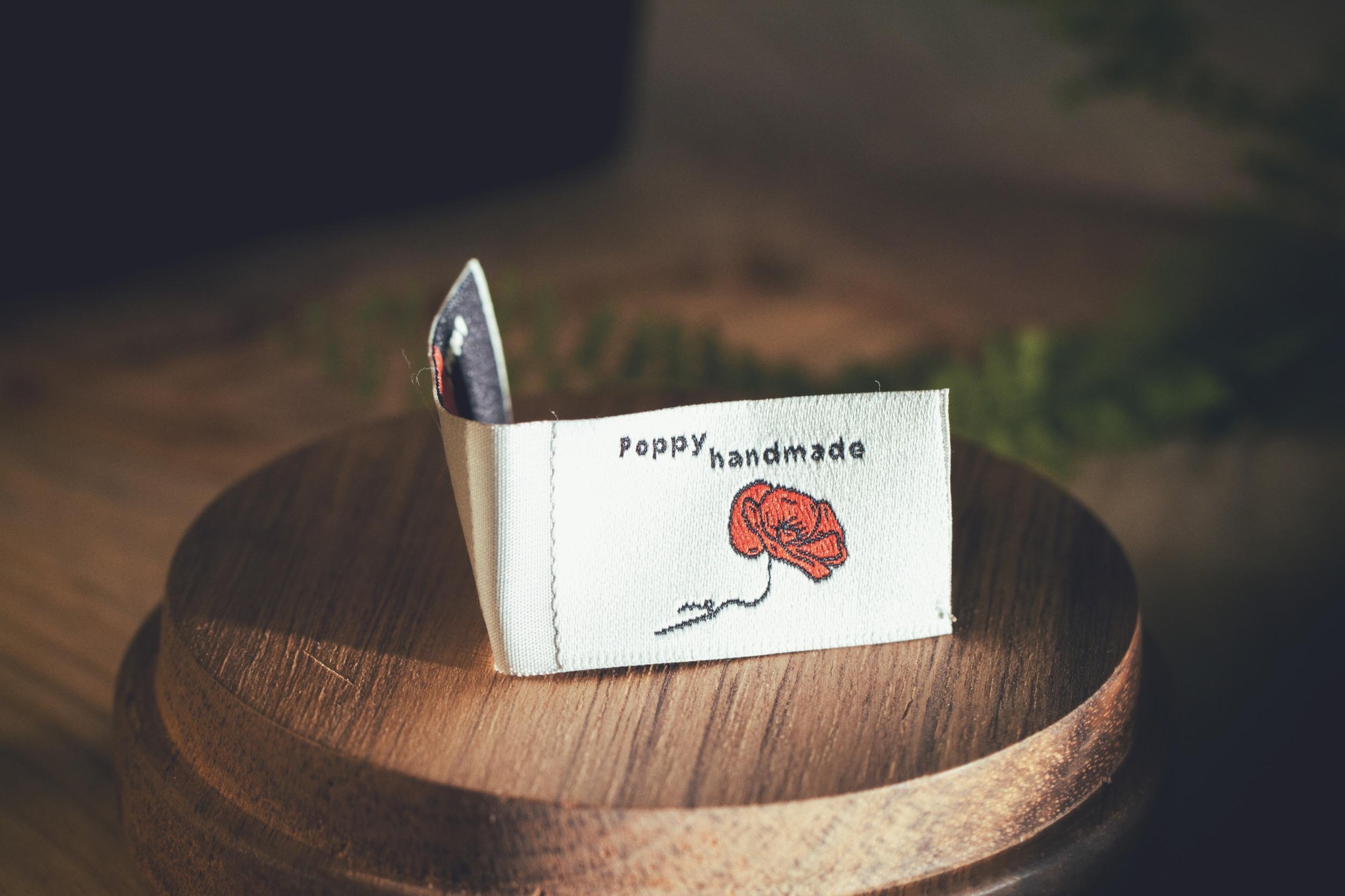 Poppy Handmade metka od HUUFT